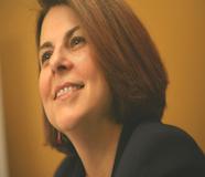 Karen Benz Headshot