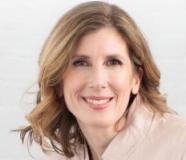 Elizabeth O'Neill Headshot