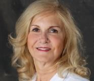 Arlene J. Nicholas Headshot